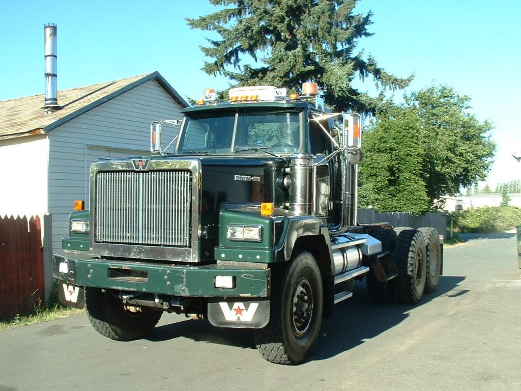 2006 WST 6900XD