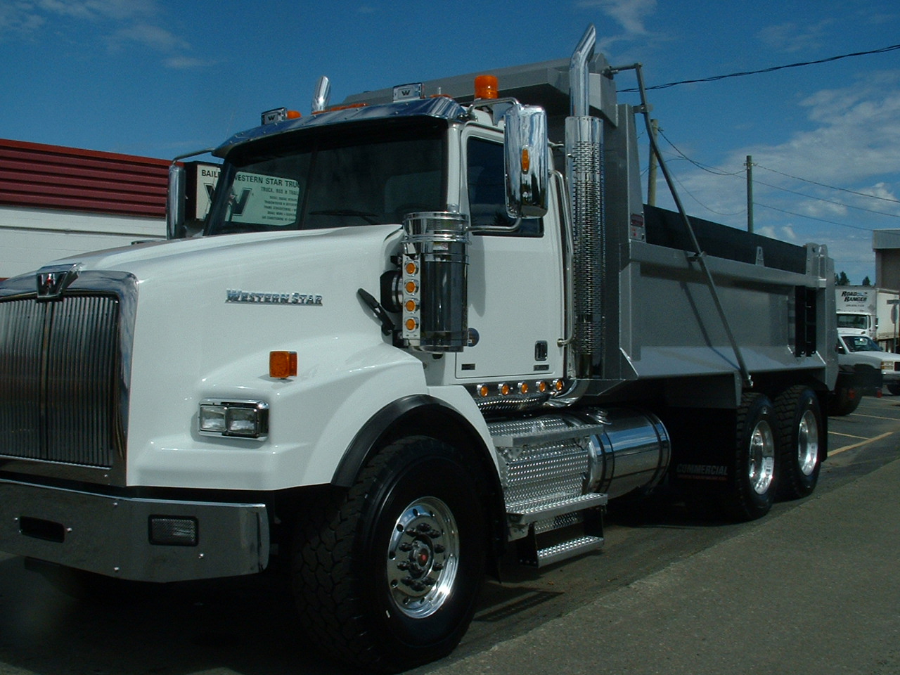 truck paper dump truck Commercial trucks for sale at truckpapercom trailers for sale hundreds of used truck dealers, thousands of trucks for sale your source for freightliner, international trucks, peterbilt, kenworth, mack trucks, dump trucks, used trailers, and much more.